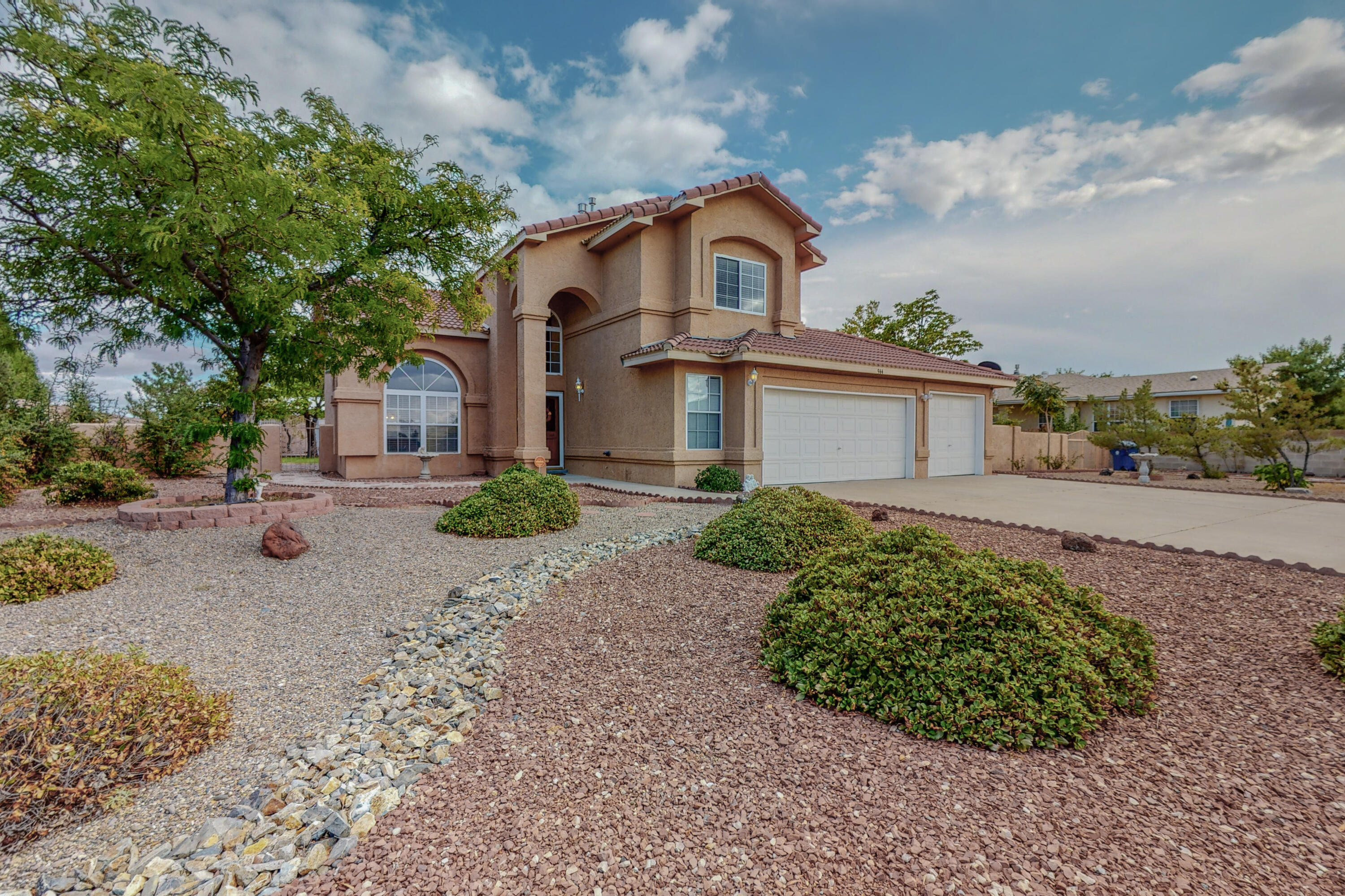 Come see this spectacular custom hilltop home in the sought after Valley View neighborhood of Los Lunas!  This spacious 2,607 sq ft beauty has 4 bedrooms, 3 baths, 2 living spaces & loft. The main bedroom and on suite has a private balcony with incredible views of the valley and mountains. Granite counters and stainless appliances adorne the large kitchen with breakfast nook overlooking the backyard. The oversized 3 car garage has plenty of storage for all your toys. The yard is fenced-in and has been well maintained with fruit trees, lawn and plenty of room for all.  RV parking, gazebo, storage shed and covered carport round out the outdoor space. No flood or HOA. Book your showing today for this dream home!