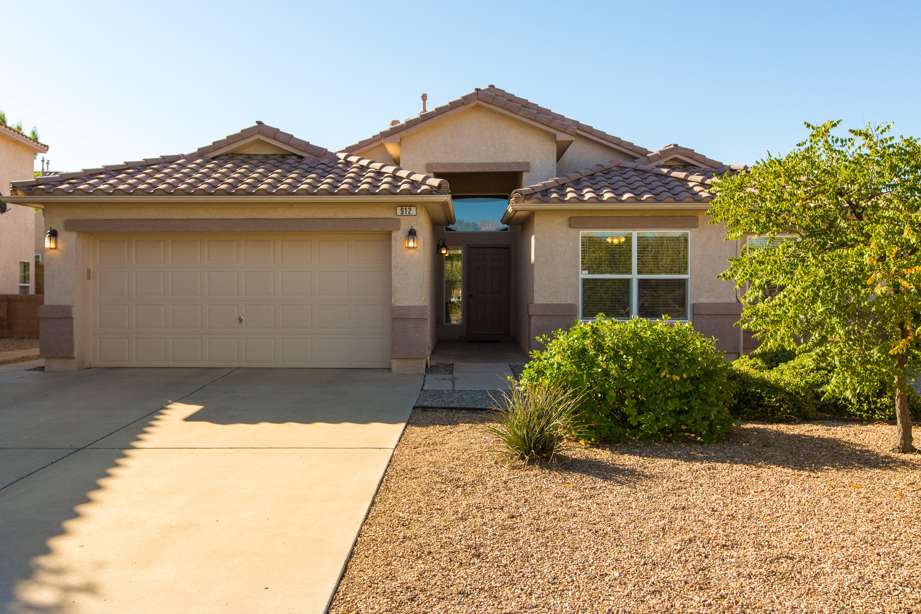 One of a kind Vista Del Norte home!  Fantastic layout, with two living areas and windows on every wall for maximized light.  This home offers one of the larger lots in the neighborhood with a backyard perfect for entertaining, including a grand fathered in  built in storage shed.  View this home today!