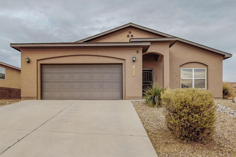 Single story house in Saltillo, 3 bedroom, 3 bath, 2 car garage.
