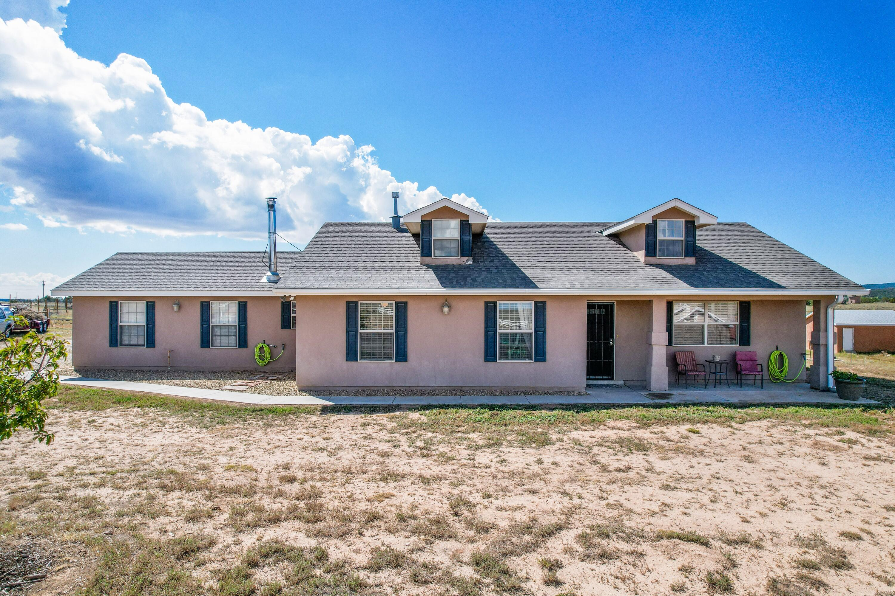 Come visit us at this charming 3 bedroom 2 bath ranchette! Only 30 miles from Albuquerque with easy access to I-40 this is the perfect escape form city life.