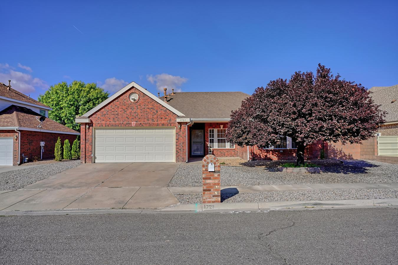 BEAUTIFUL BRICK Classic Sivage Thomas home located in a well maintained neighborhood conveniently located near the Los Lunas exit. 20 mins to the Big-I! Second owners have refreshed this well maintained Beauty w/New Paint, Blinds, Lighting fixtures, Ductwork updates for better Efficiency & Air flow, New smart thermostat, Completely New Landscaped backyard!! New irrigation for lawn! Raised beds! Play area & Raised privacy wall! Kitchen is a Cooks/Entertainers delight featuring beautiful Oak cabinets, lots of counterspace, Kitchen Island & Bar, large Pantry & opens to the Large DR for everyone to gather! 3 Bedrooms w/a Flex room for possible home office or 4th BR. 2 Full Bathrooms have been updated w/new toilets! Master has gorgeous new laminate flooring! + Separate shower & Garden tub!!