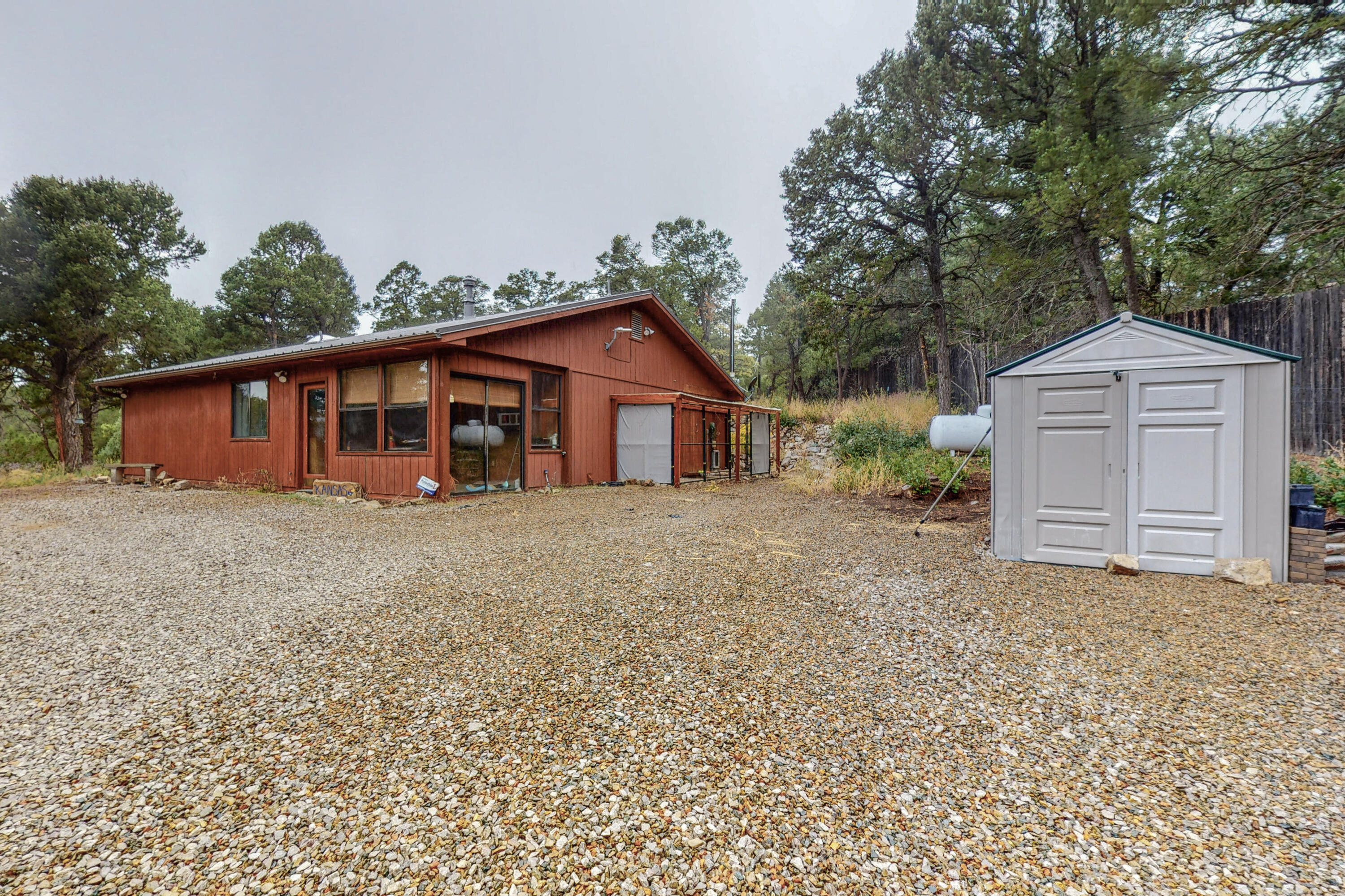 Looking for a rural living with good access to ABQ.  Welcome home to this quiet single level 3 bedroom 2 bath home on a little over 3/4 acre lot.  Furnace, roof, water heater and kitchen appliances all replaced in the last 4 years.