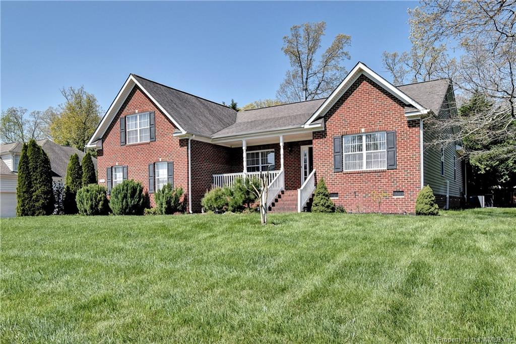 Great floor plan w/one level living!  Located just minutes from the Historic area and W&M.  Dining room, kitchen opens to family room w/fireplace and access to deck w/inground pool and fenced backyard!  Spacious master suite, 2 additional bedrooms, study w/French doors, bonus room or 4th bedroom.  Other features include irrigation system, security system, trash compactor.  Home in move in condition!  Don't miss this one.