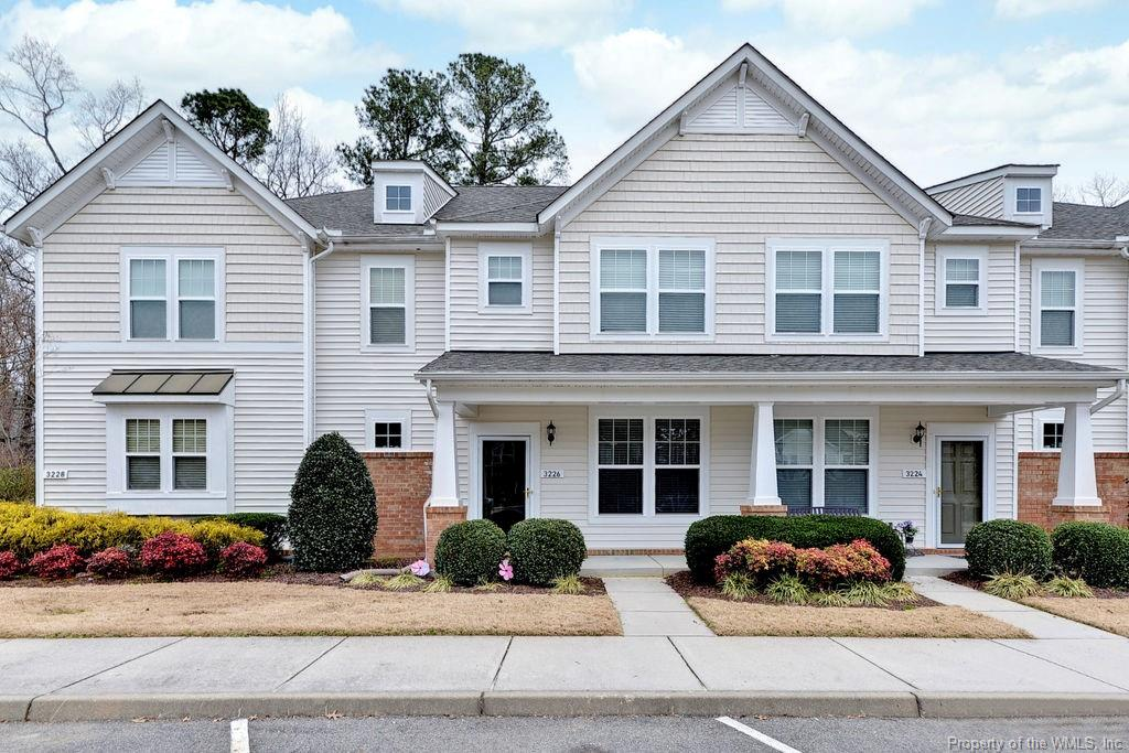 This 2 bedroom, 2.5 bath townhome is in a perfect location near I-64 for easy access to Richmond, Williamsburg and the Peninsula! Features open floor plan on 1st level with beautiful laminate floors; glass tile backsplash and center island in kitchen. Primary bedroom features tray ceiling and lots of natural light. Convenient 2nd floor laundry. Private patio for relaxing!