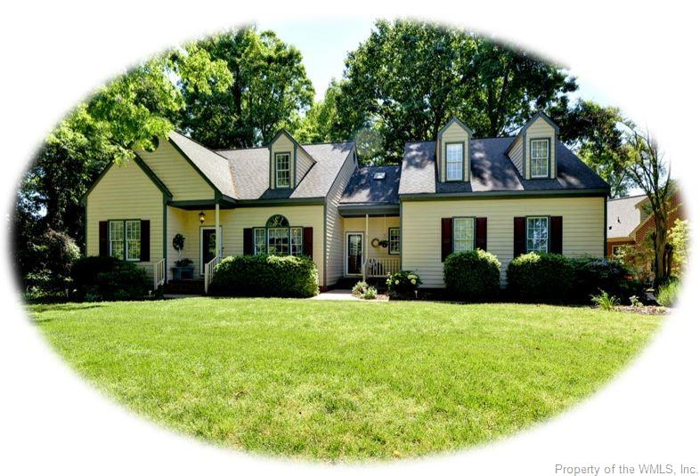 3 Beds/3.5 Baths,  1st Fl Primary Bed! Sitting high on a corner, well manicured private lot, your home awaits! 3 Beds, each w private en suite; primary suite on main floor w walk in closet, double sinks, sep shower and jetted tub, new carpet; 2 additional beds up with private baths and walk in closets; bonus living area is the loft that overlooks family rm; as you come through the front door, formal dining Rm is to your right, formal living rm/office to your left-or additional downstairs bedrm; the kitchen w center island overlooks the main gathering rm that boasts a fireplace. Hardwood Floors, gas fireplace; kitchen newly renovated in 2012 stainless appliances/granite; ease of access to deck w hot tub. The deck is a private paradise overlooking fenced yard. Carrier HVAC on main floor new in 2015 Train heat pump up new in 2019, Roof new in 2007. Whole House Generator Too (for most of main floor)! Settlers mill amenities include pool, club house and tennis courts. Come, Live where your love, Love where you Live!