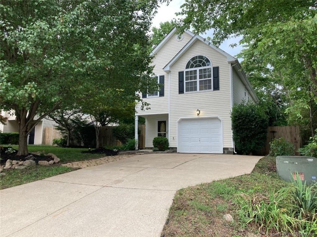 Make this your new home in Vineyard Heights! This home has not one but two fireplaces. One is in the leaving room and the second one is in the primary bedroom. The kitchen is right off the dining and living room, providing an open concept. In addition, it is in the right location to interstate 64, Busch Gardens, and Water Country. Finally, the home has a fence if you want to have a pet in your home. Fresh paint and new roof coming.